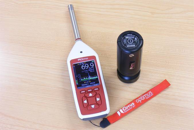Sound Level Meter with Calibrator