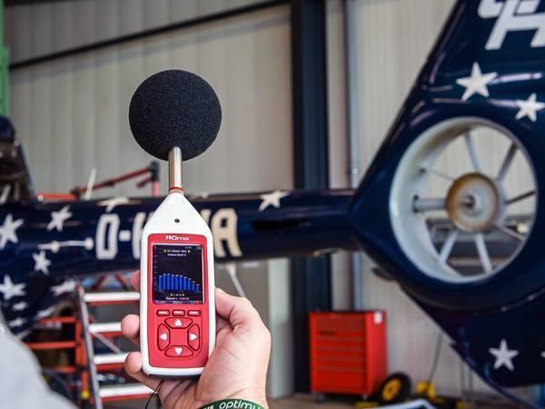 Medición de ruido con un sonómetro Optimus de Cirrus Research