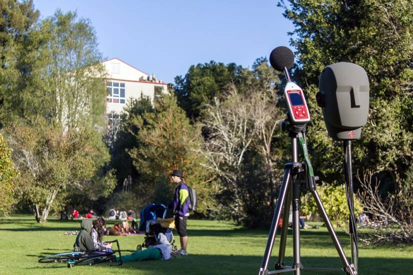 optimus green sound level meter measuring environmental noise levels in botanico, chile
